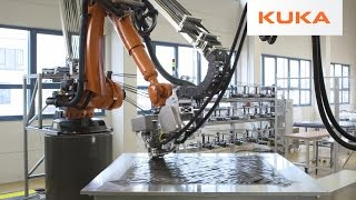 KUKA Robots Make Advanced Carbon Fiber Components at Compositence