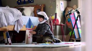 BMW: i8 Christmas Film - Rocket Ship