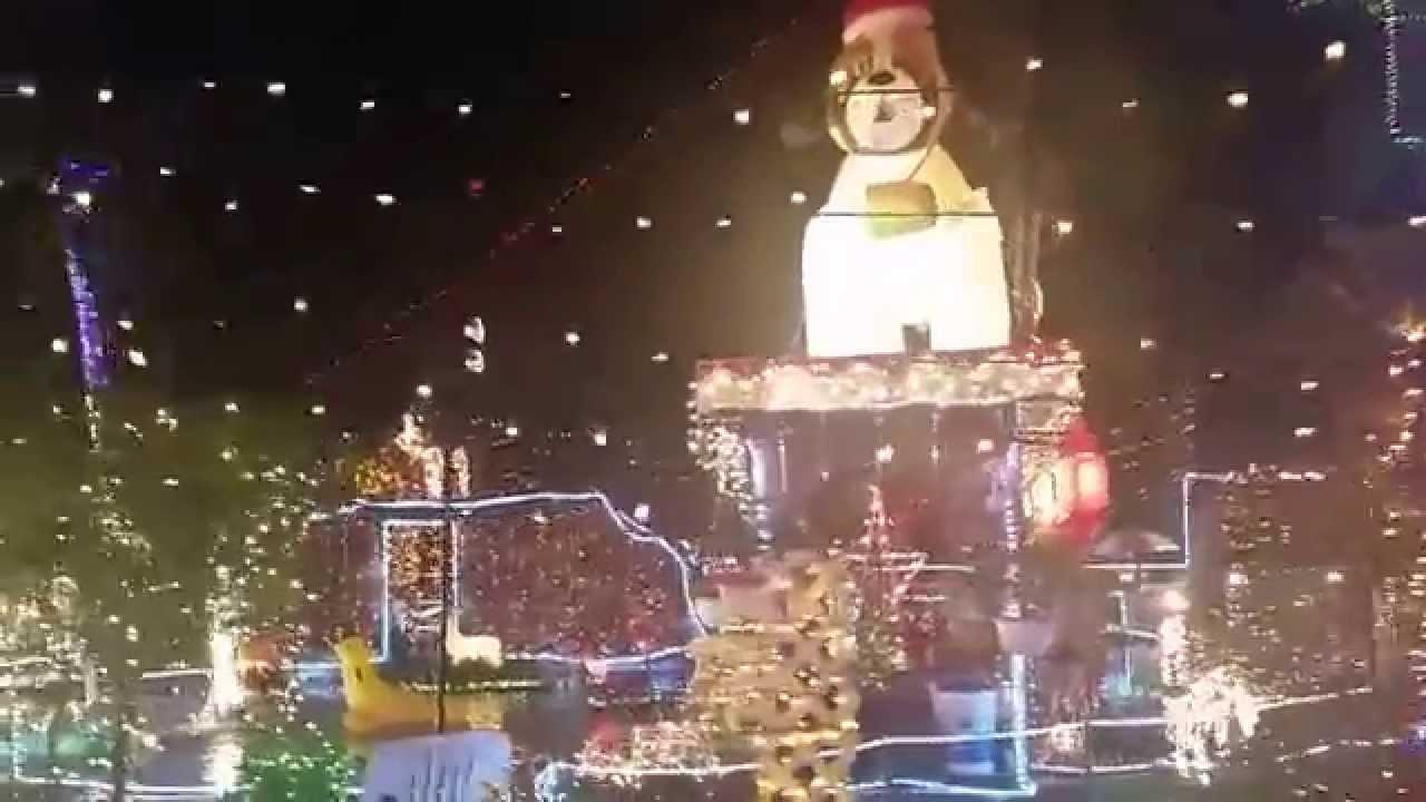 Oakdale Christmas House - YouTube
