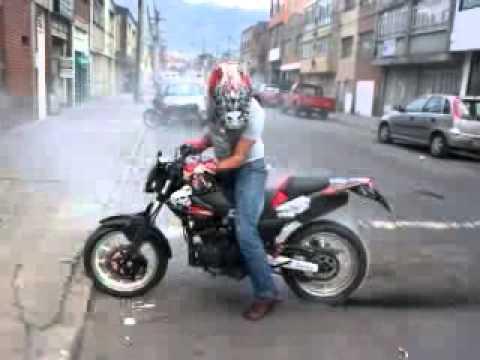 akt akt xm 180 s xm elite motard quemada de llanta youtube