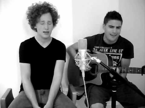 Use Somebody (acoustic cover) - Dominic Sanz & Michael Schulte
