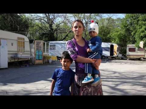 En sursis, voyage au coeur d'une communauté Rom