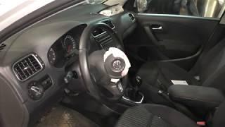 VW Polo Sedan - Как снять руль