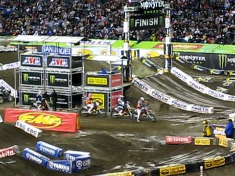 AMA Supercross Tricks at Seahawks Stadium : Seattle 2010