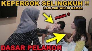 KEPERGOK PACAR  LAGI TIDUR BARENG SAMA S3L!NGKUH4N !! PRANK MEMEY AUTO NANGIS
