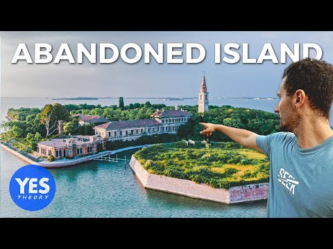 We Went to the Abandoned 'Island of Death'... (ITALY)