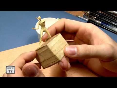 Habiller une figurine avec Tom Hugues 2014
