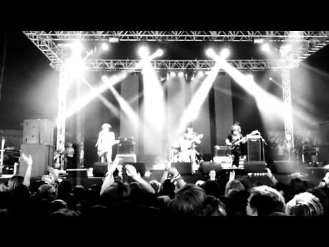 Pulled Apart By Horses - Underage Festival 2011 - I Punched A Lion In The Throat