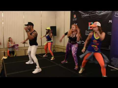 zumba master class… Al final bailo con beto en su clase en B2