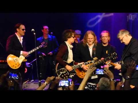 Miller, Bonamassa, Vai, Schon, Satriani, Haynes - I'm Tore Down - 6/9/15 Les Paul Celebration