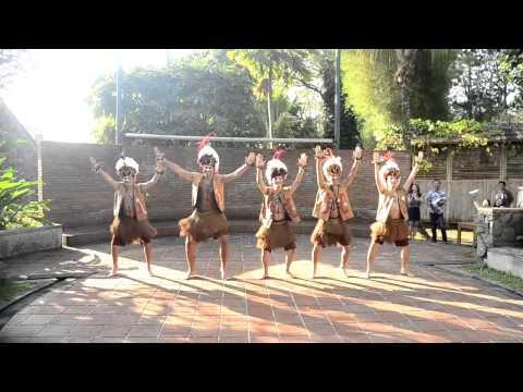 Papuanese Dance - Yamko Rambe Yamko [Sukarsa Nusantara 2014 Summer School]