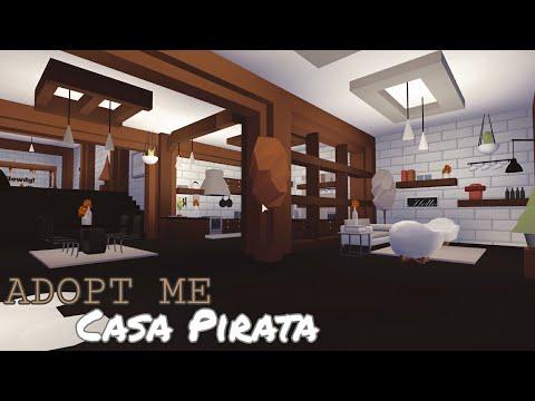 Roblox l Como decorar la casa pirata de Adopt me