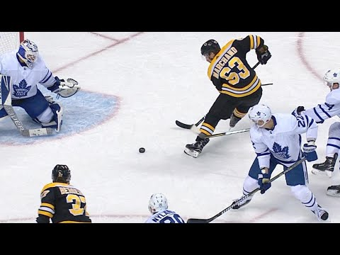 11/11/17 Condensed Game: Maple Leafs @ Bruins