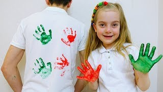 Ulya and daddy play with funny t-shirts