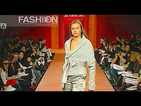 LEE YOUNG HEE Fall Winter 1995 1996 3 of 5 Paris - Fashion Channel - 동영상