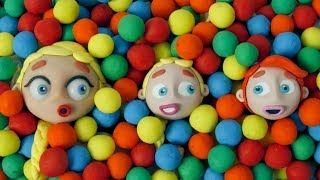 Diana and her friend in the balls pool 💗 Cartoons For Kids