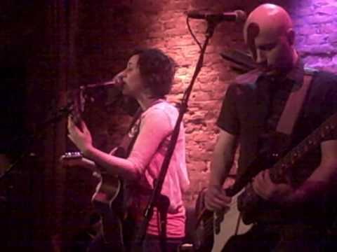 05. Dirty Lies - Bess Rogers - Rockwood Music Hall - January 30, 2009