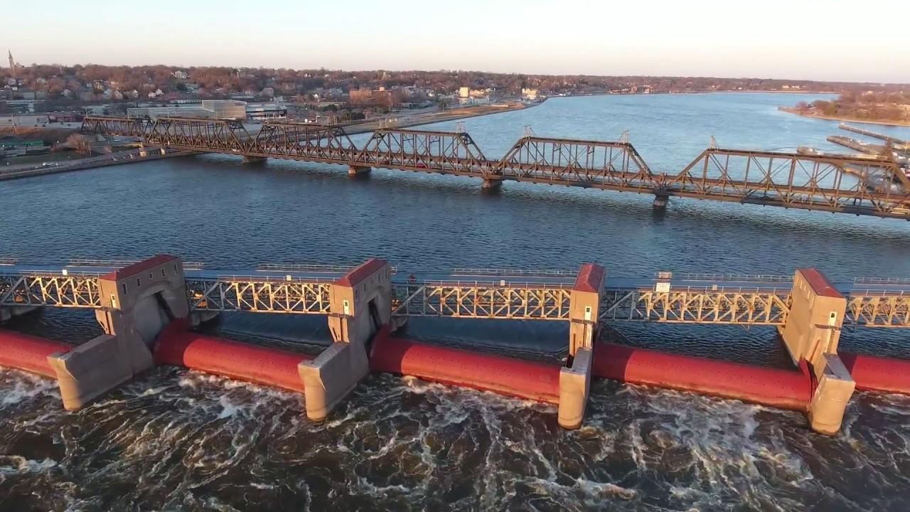 Arsenal Government Bridge And Lock And Dam #15