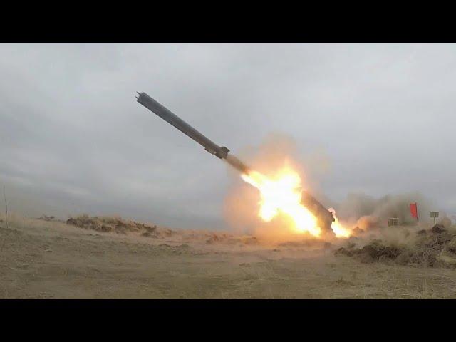 В Крыму военнослужащие Черноморского флота на учениях отработали ракетные удары по кораблям.