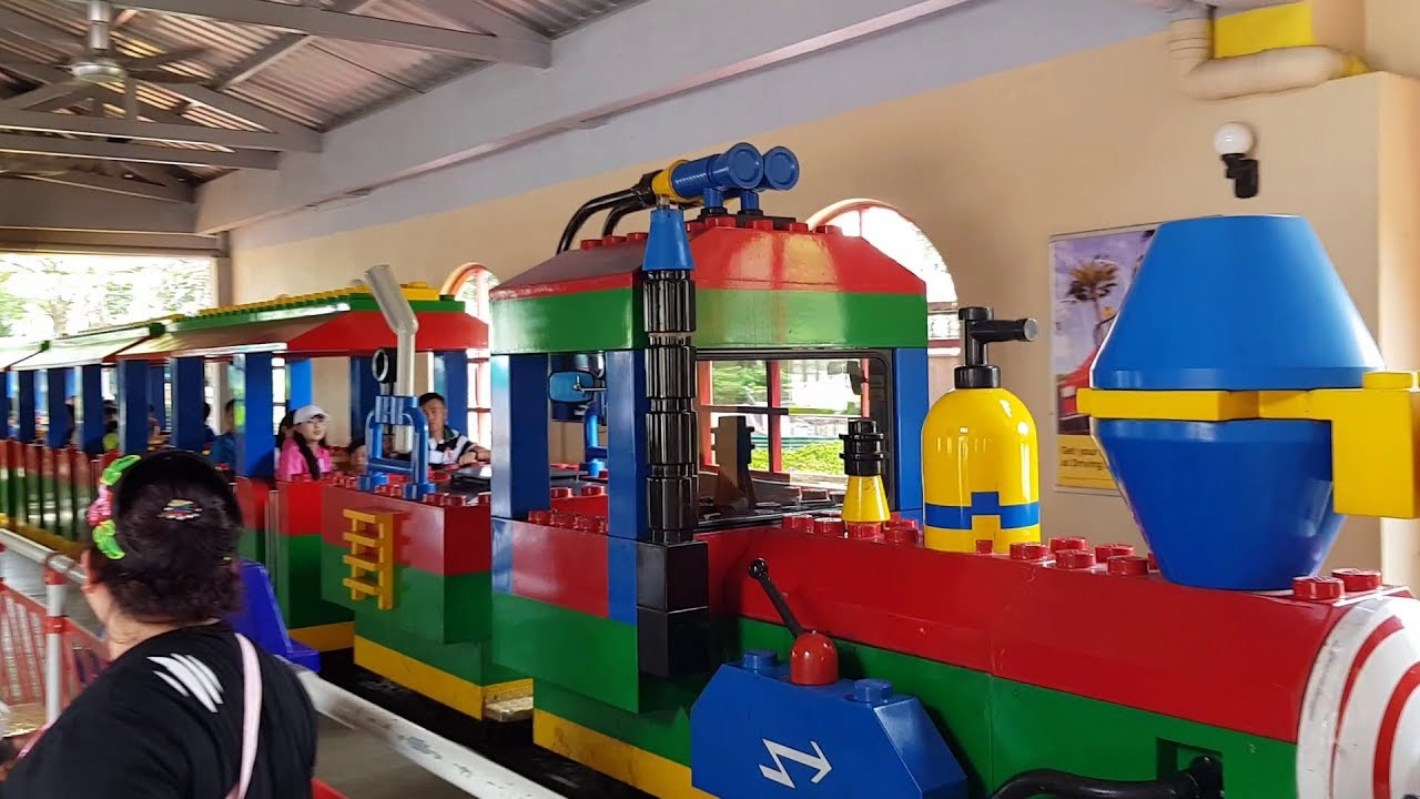 Kid's Experience on the Legoland Express - YouTube