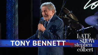 Baixar Tony Bennett Performs 'Love Is Here To Stay'