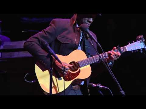 Life is Beautiful - Keb' Mo' - 12/12/2015