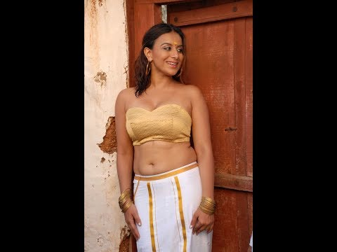 Pooja Gandhi Hot Cleavage Video Don't Miss It thumbnail