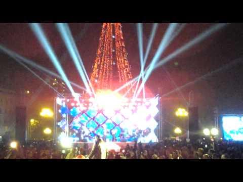 Ереван-зажение огней на главной ёлке 2015