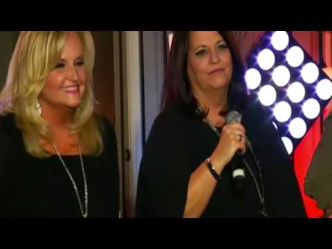 Karen Peck & New River - Medley: Bend In The River Of Life/God Is Faithful/Christian In The House