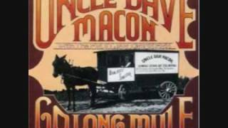 Uncle Dave Macon - Carve That Possum