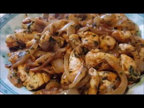 blanc-de-poulet-sauté-aux-oignons-صدر-الدجاج-بالبصلة