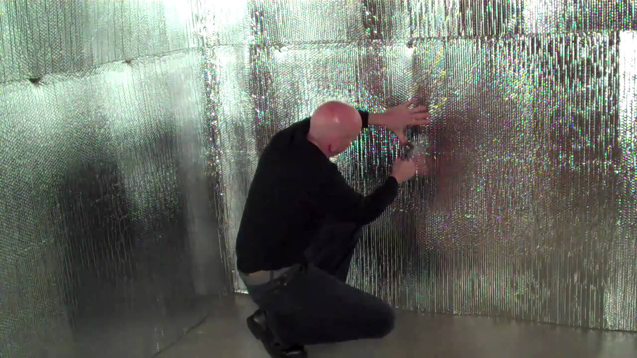 Insulating Walls With Reflective Foil Bubble Insulation