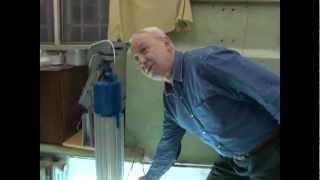 Разработчики светодиодного светильника о конструкции(Светодиодный светильник «РАДЭУС», предназначенный для промышленного и уличного освещения был создан 3..., 2013-03-14T11:07:36.000Z)