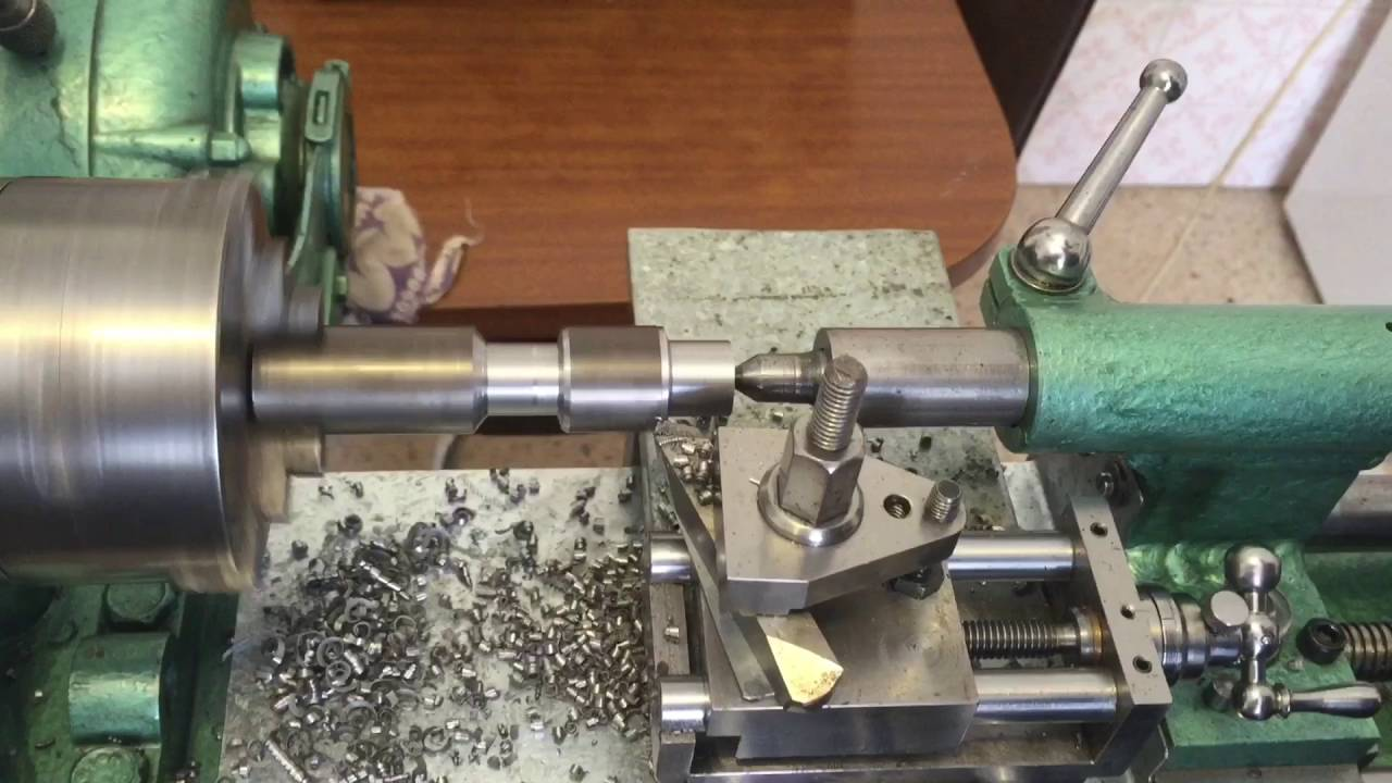 Home Made Metal Lathe Cutting 2 Mm Pitch Thread I Can Cut