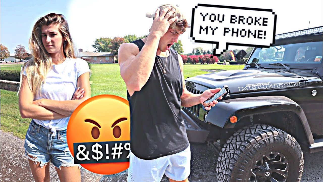 THROWING MY FIANCE'S PHONE OUT THE CAR WINDOW! *PRANK*