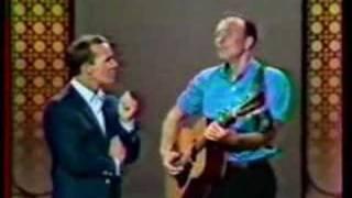 Pete Seeger - Wimoweh & Flowers Gone