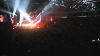 Crowd Wrecks Set List! From The Inside Out/With Everything - Hillsong United - Seattle 2011
