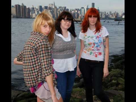 vivian girls - the desert mp3
