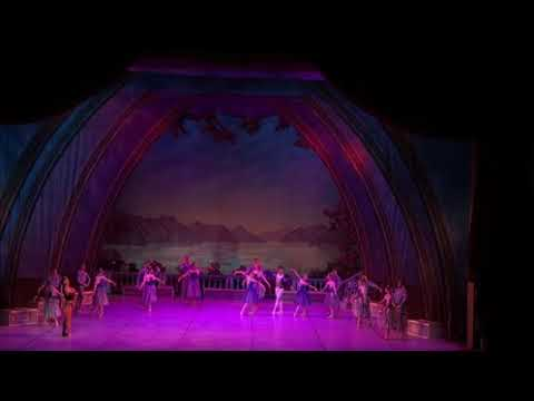 Pas de trois of swan Lake with Cairo opera Ballet Company 2018