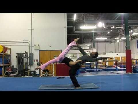 Acrobatic Yoga Practice Session -W- Coach Christine Bewegungs-Architekt