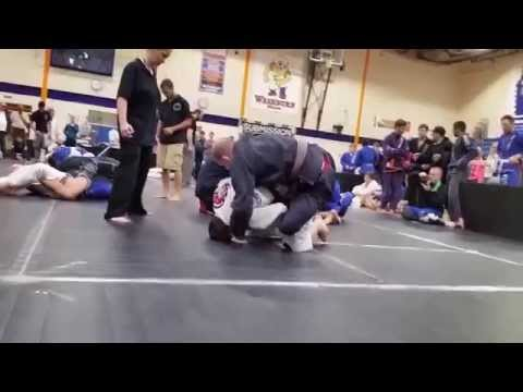 Brandon Bergeron vs  Ben Neumann - gi Brown Belt