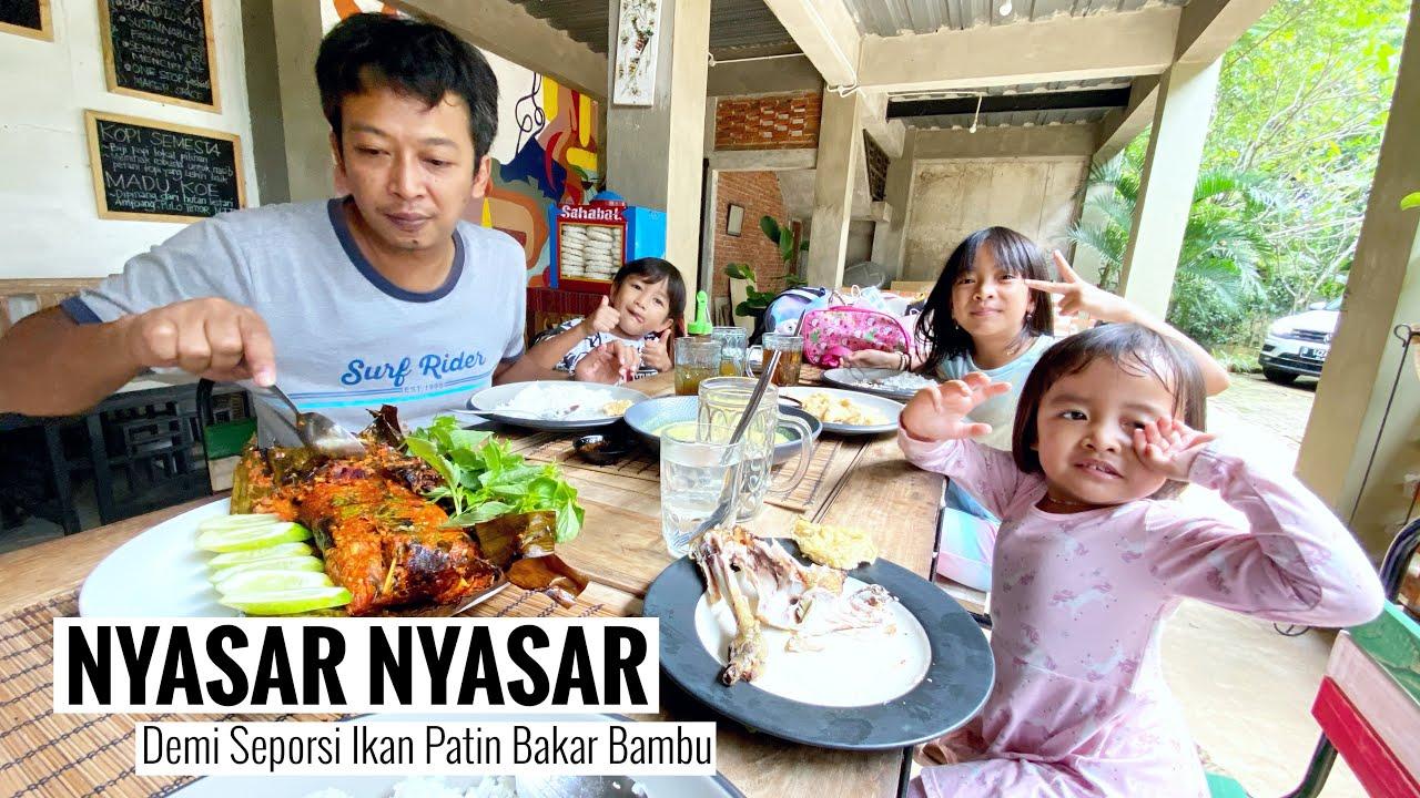 WISATA ke KAMPUNG ARIDATU Makan Ikan Patin Bakar Bambu   Zara Cute Family