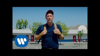 Download Coldplay - Champion Of The World (Official Video)