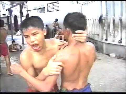 Muay Thai :Champion training in Bangkok!!!!!!