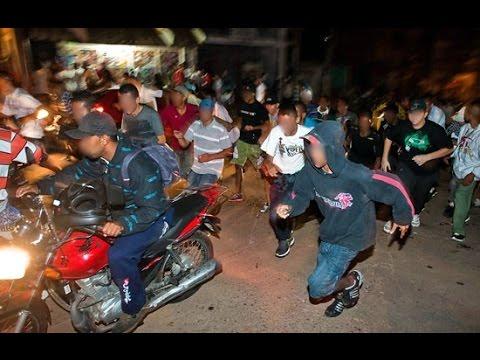 POLICIAIS ACABA COM BAILE FUNK VEJA