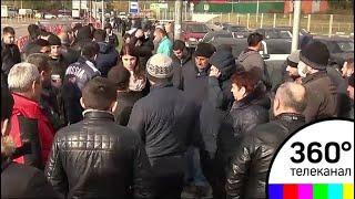 Страсти накаляются: владельцы торговых точек в сгоревшем ТК «Синдика» требуют компенсации