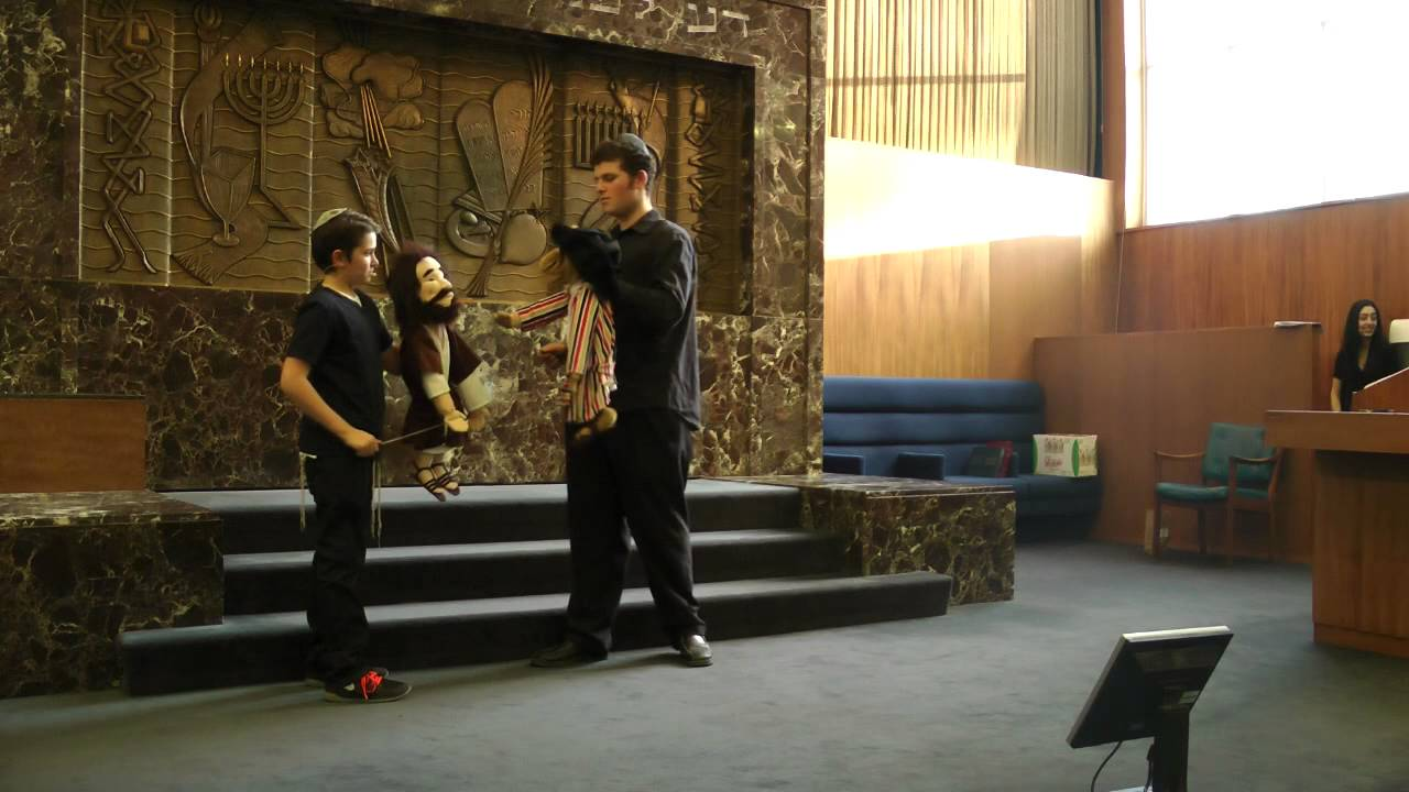 Purim Puppet Show 2015