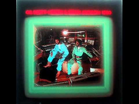 Gil Scott-Heron & Brian Jackson - Push Comes To Shove