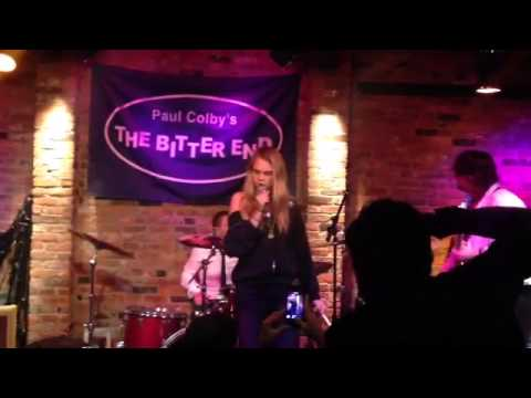 Cara Delevingne sings with Red Moon Band - The Bitter End NYC Aug 29th 2014