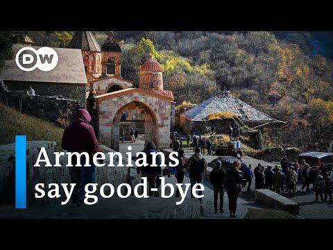 Nagorno-Karabakh: Armenians say goodbye as Azeri troops move in | DW News